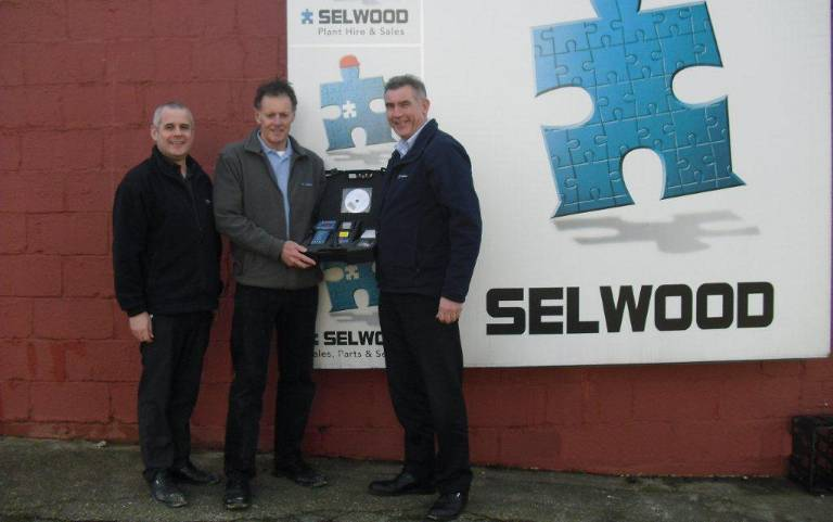 Selwood partners with Bowmonk for plant hire brake testing